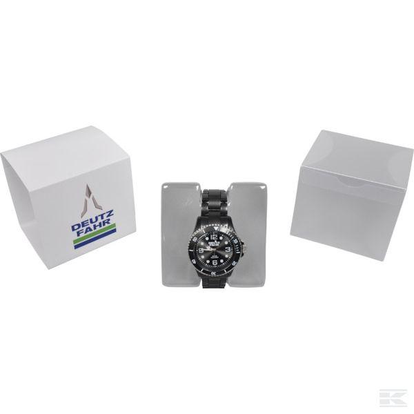 M07D019 Черные аналоговые наручные часы